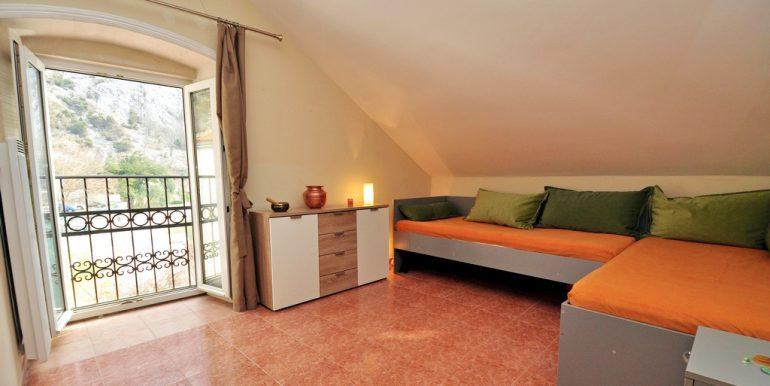 Apartament-Kantri-2-spalni--Orahovac-09