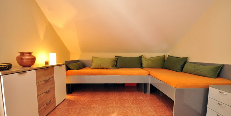 Apartament-Kantri-2-spalni--Orahovac-13