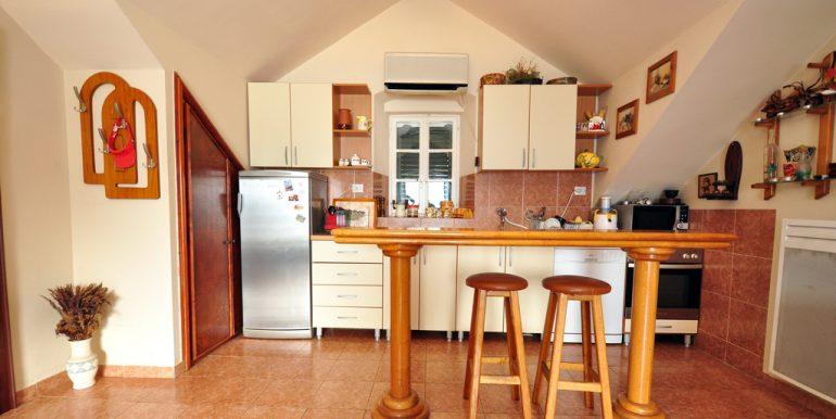 Apartament-Kantri-2-spalni--Orahovac-16