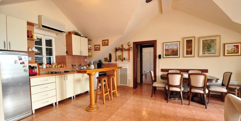 Apartament-Kantri-2-spalni--Orahovac-17