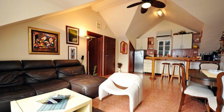 Apartament-Kantri-2-spalni--Orahovac-27