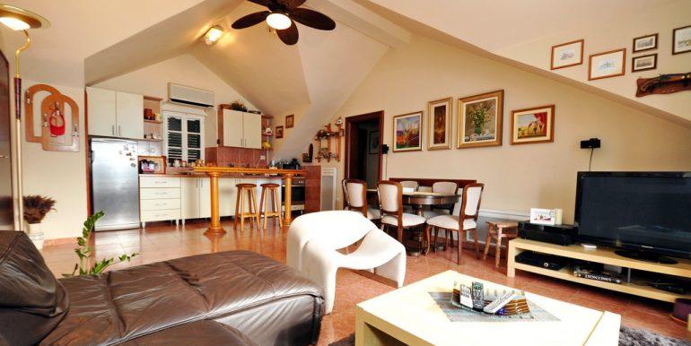 Apartament-Kantri-2-spalni--Orahovac-28