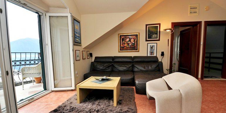 Apartament-Kantri-2-spalni--Orahovac-41