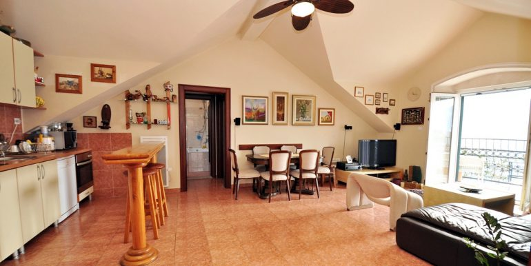 Apartament-Kantri-2-spalni--Orahovac-43