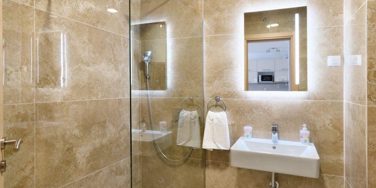 Bathroom 1-02