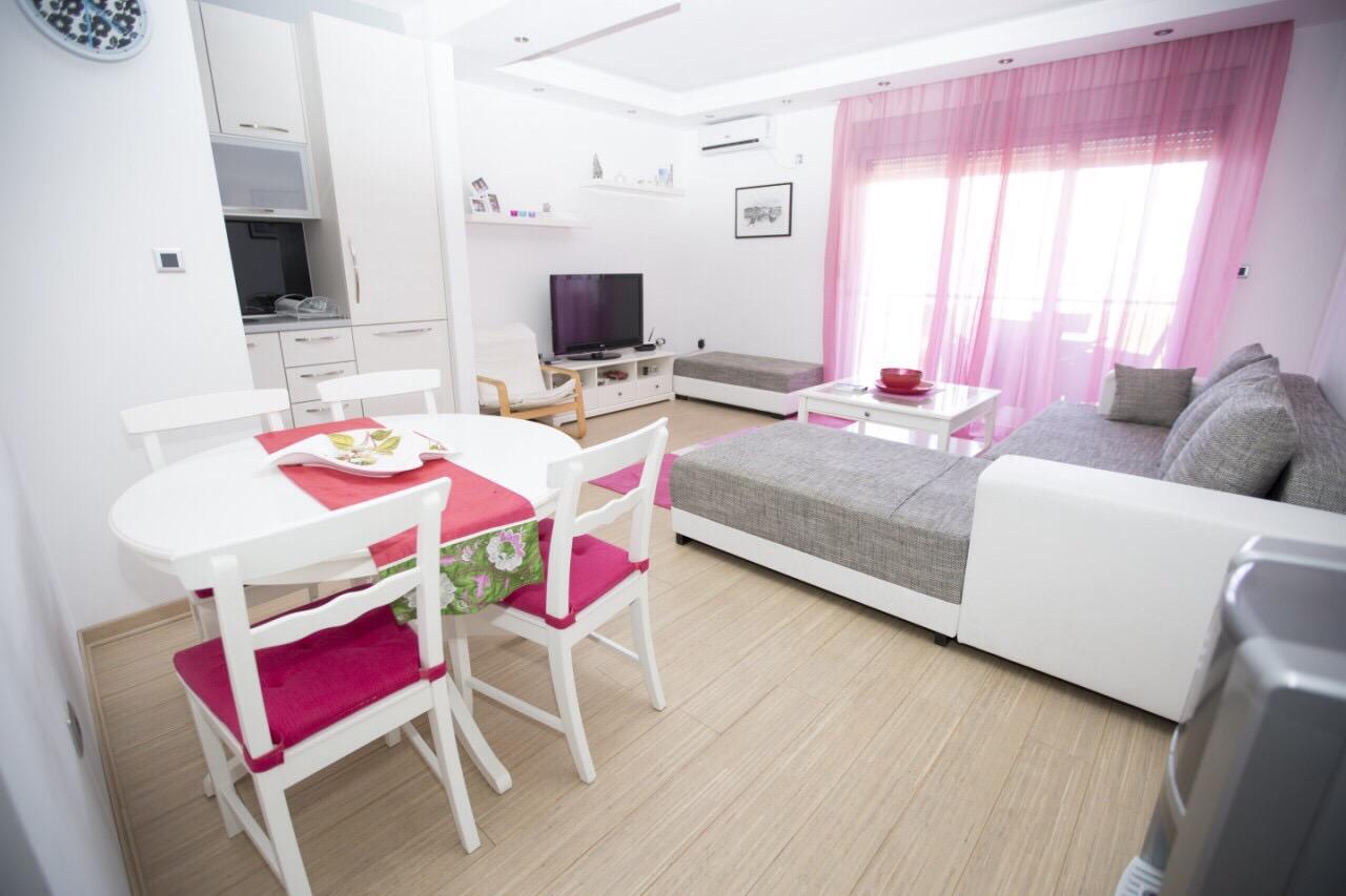 Апартаменты «Gracia», Пржно