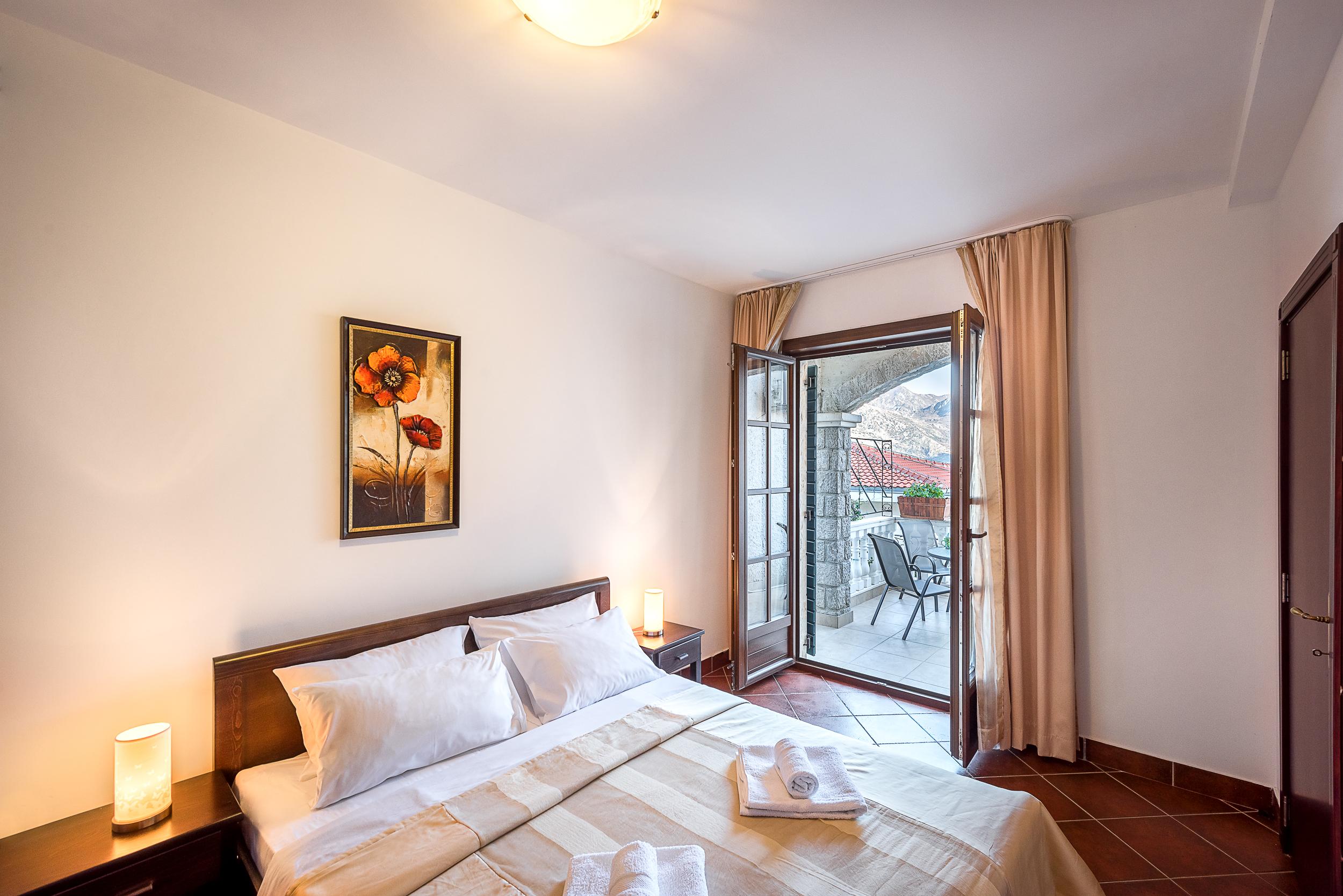 Апартаменты «Emili Classic», Костаница